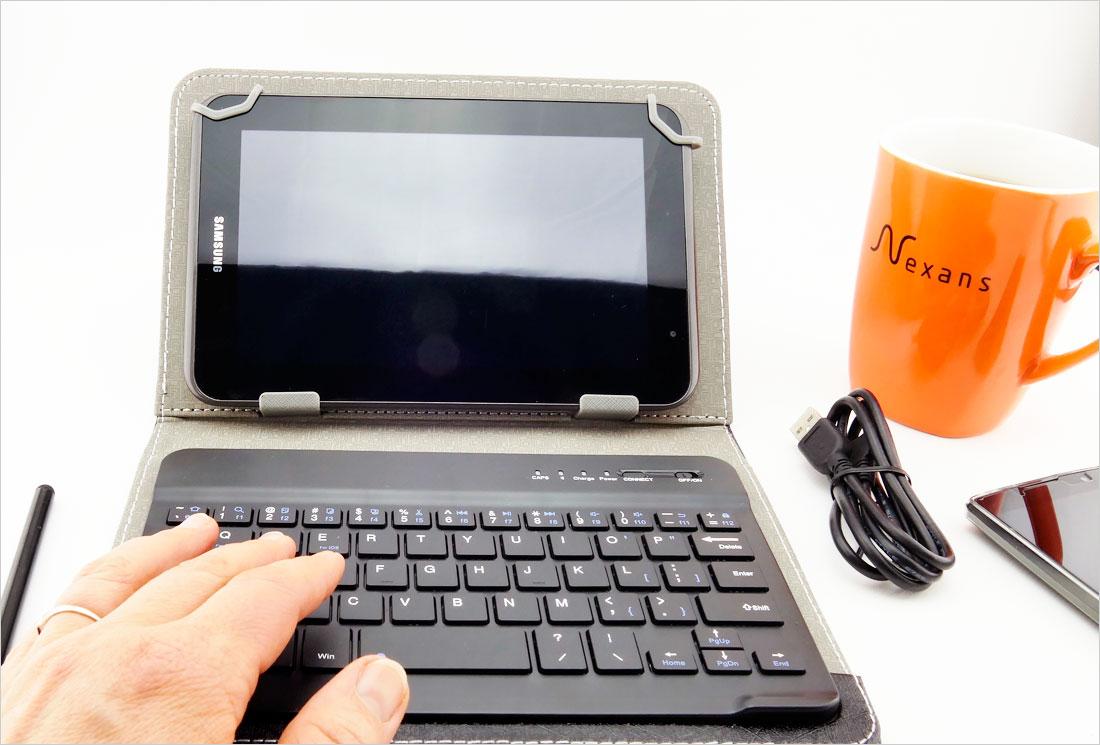 etui z klawiaturą Bluetooth do tabletów 7.85-8 cali