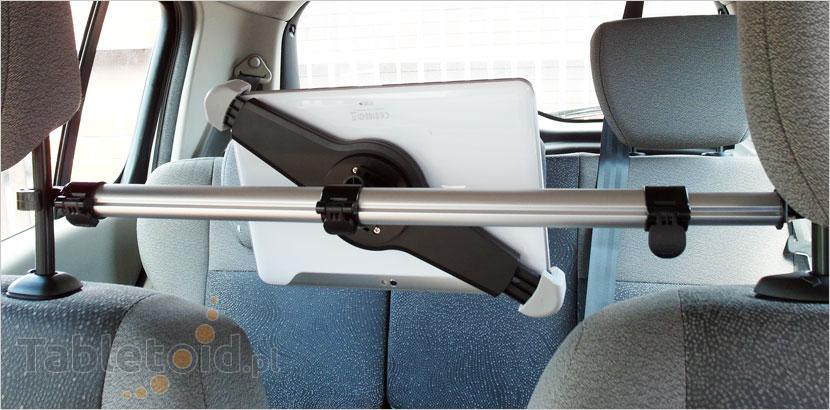 Uchwyt pomiędzy fotelami w samochodzie