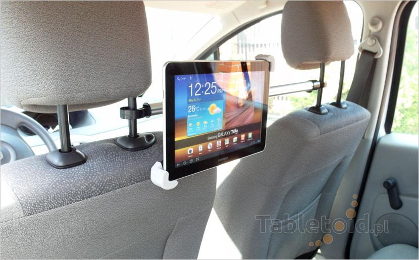 Ustaw dowolnie tablet w szczękach uchwytu samochodowego
