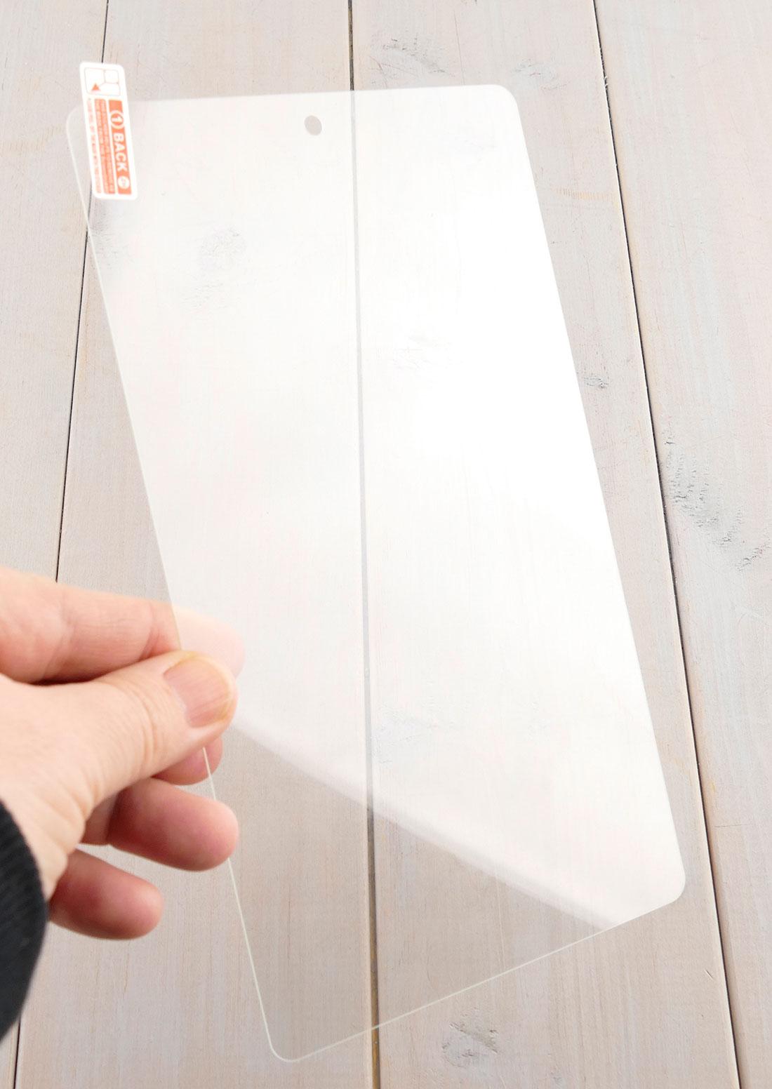 Szkło hartowane w dłoniach - Huawei M5 Lite 8 / Huawei C5 8.0