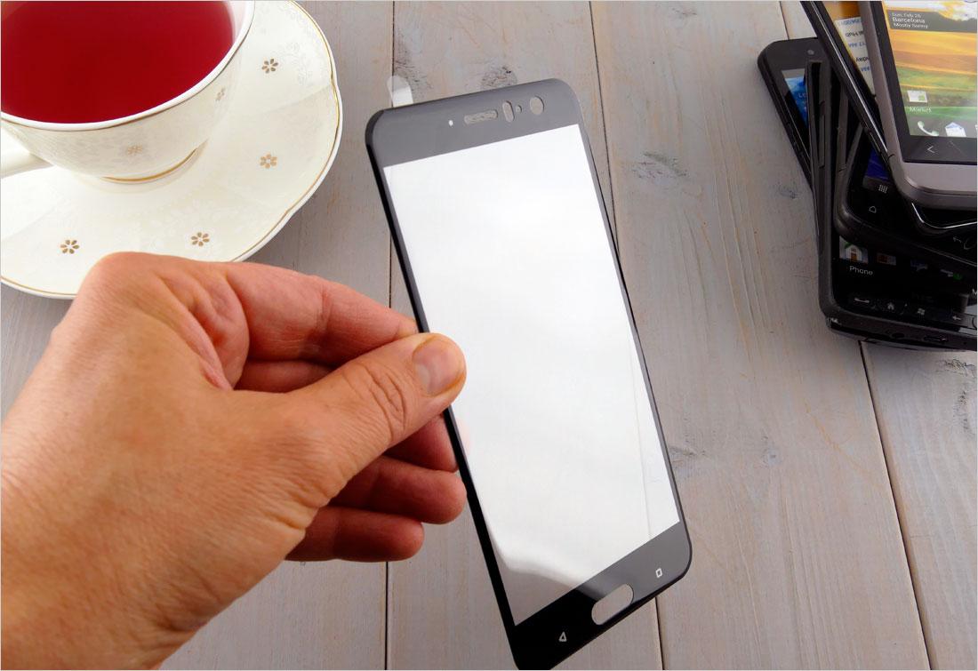 zaokrąglone szło hartowane na telefon  HTC U11