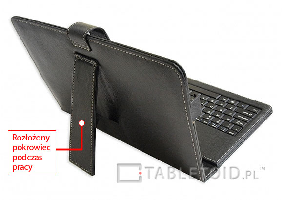 rozłożony pokrowiec z klawiaturą usb do tabletów