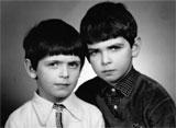 Paweł i Piotr Krzyworączka - właściciele sklepu z akcesoriami do tableta
